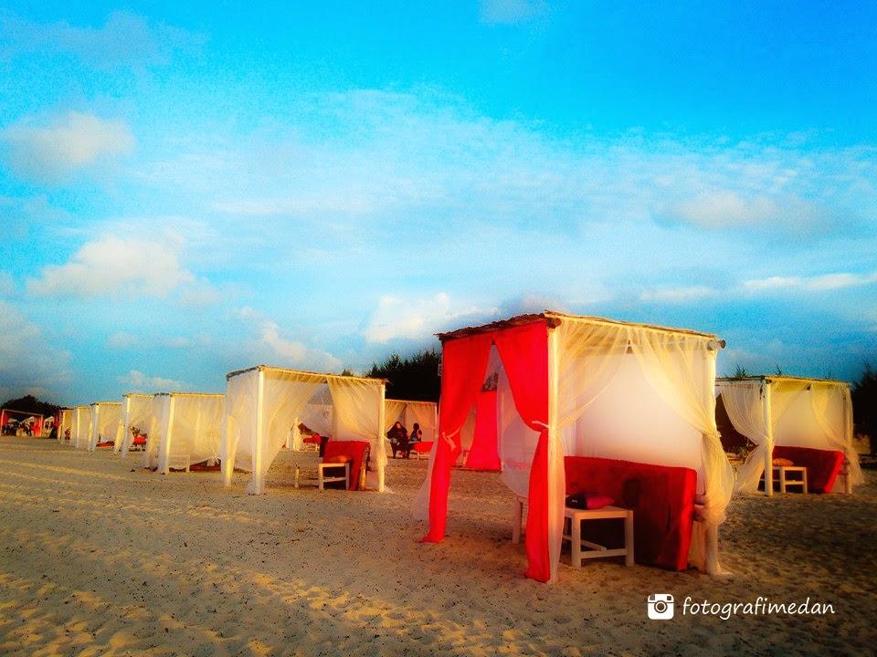 rumah kelambu wisata pantai romance bay fotografimedan