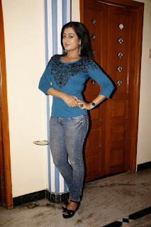 Actress Tejaswini Pictures in Jeans at M Nagaram Press Meet  5
