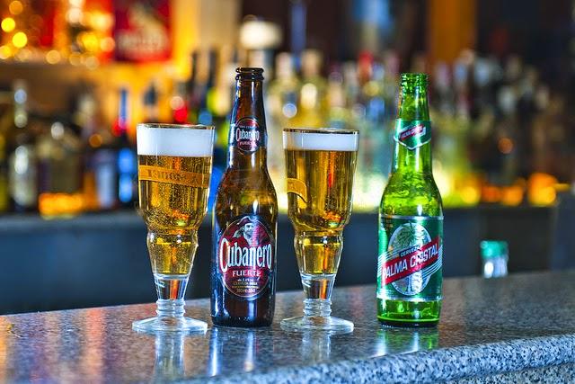 Cervezas Cubanas Cristal Bucanero