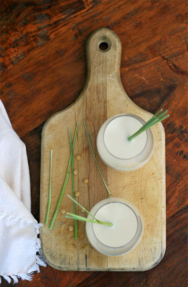 Lemongrass Soy Milk 3 | Vietnamese Recipes