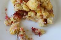 http://zahnfee-im-zuckerrausch.blogspot.de/2012/08/pflaumenkuchen-mit-streuseln-und.html