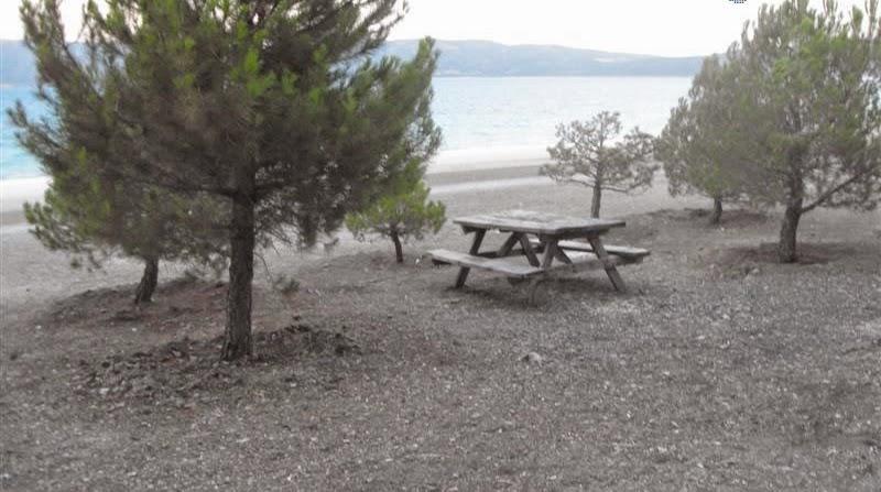 Salda Gölü Orman Plajı