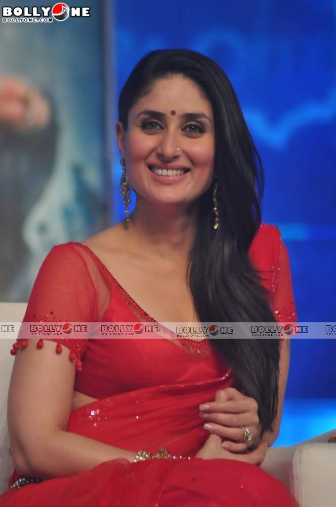 RED HOT Kareena At RA.One Music Launch