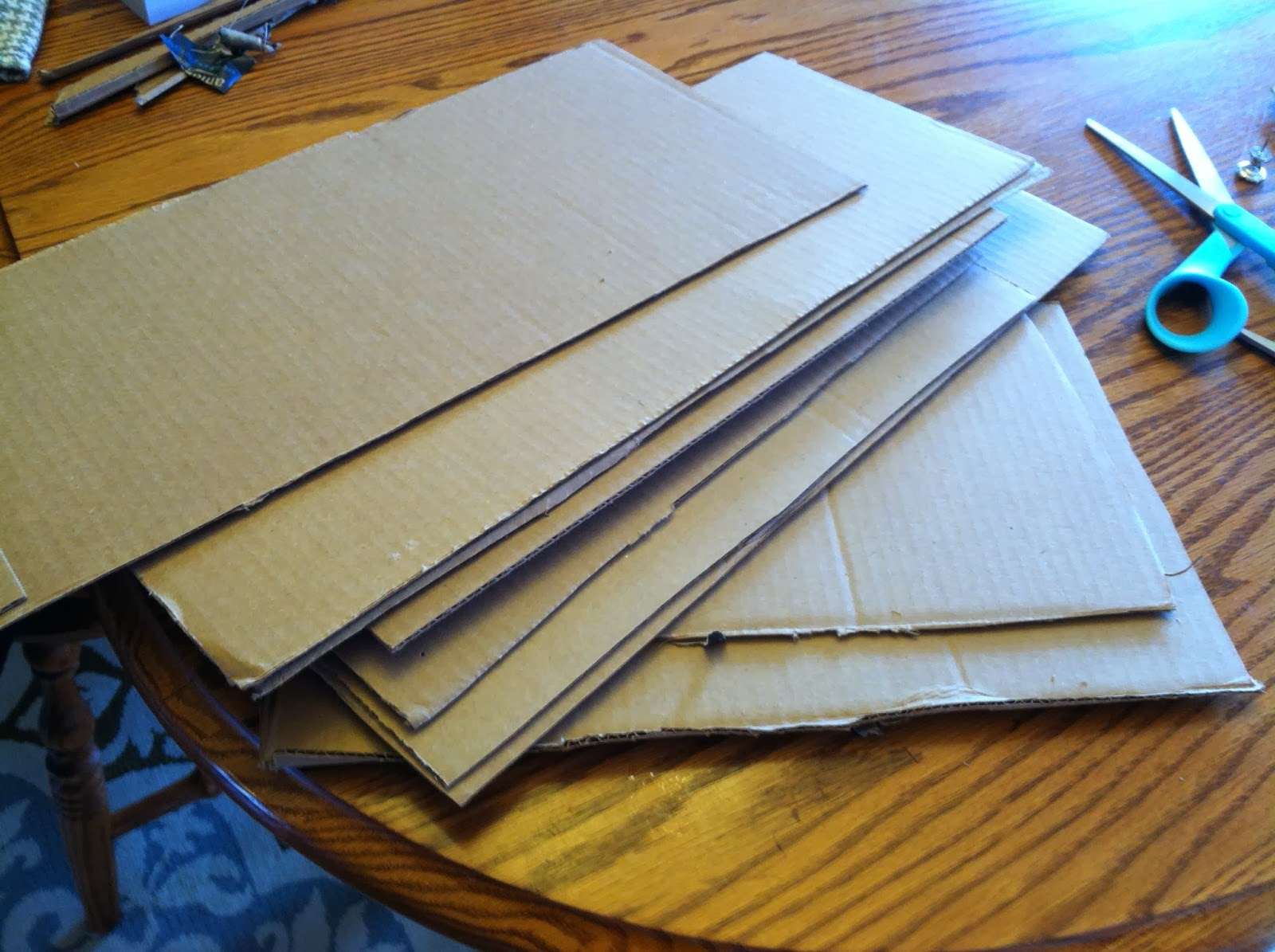 "Turn Cardboard into ""Corkboard"""