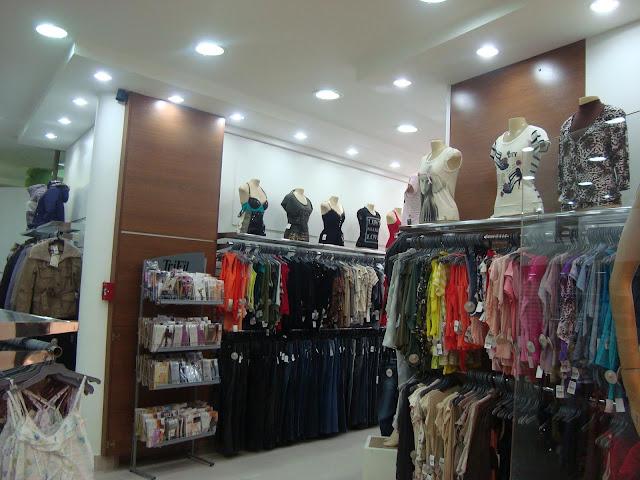 1 A MARCENARIA DESIGN INTERIORES DESIGN MOVEIS PLANEJADOS DESIGN SALA DESIGN  LOJAS  DESIGN BANHEIRO DECORAÇÃO DECORADOR DECORADORES DECORAR MODERNOS FAMOSOS COZINHA SALA HOME THEATER PAINEIS LOJAS varejo vestuário boutique fashion cenográfica marceneiros