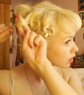 Pin Curl Hairstyles - Celebrity Hairstyle Ideas