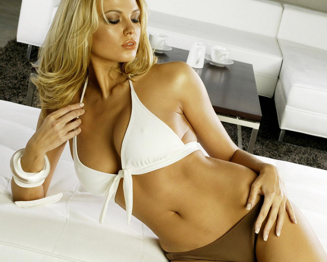 http://3.bp.blogspot.com/-CCzi-elLHdI/TbGn9P9o0nI/AAAAAAAAAfQ/dlZSI3JZvU0/s1600/Irina_Voronina%252C_Hot_Russian_Star.jpg