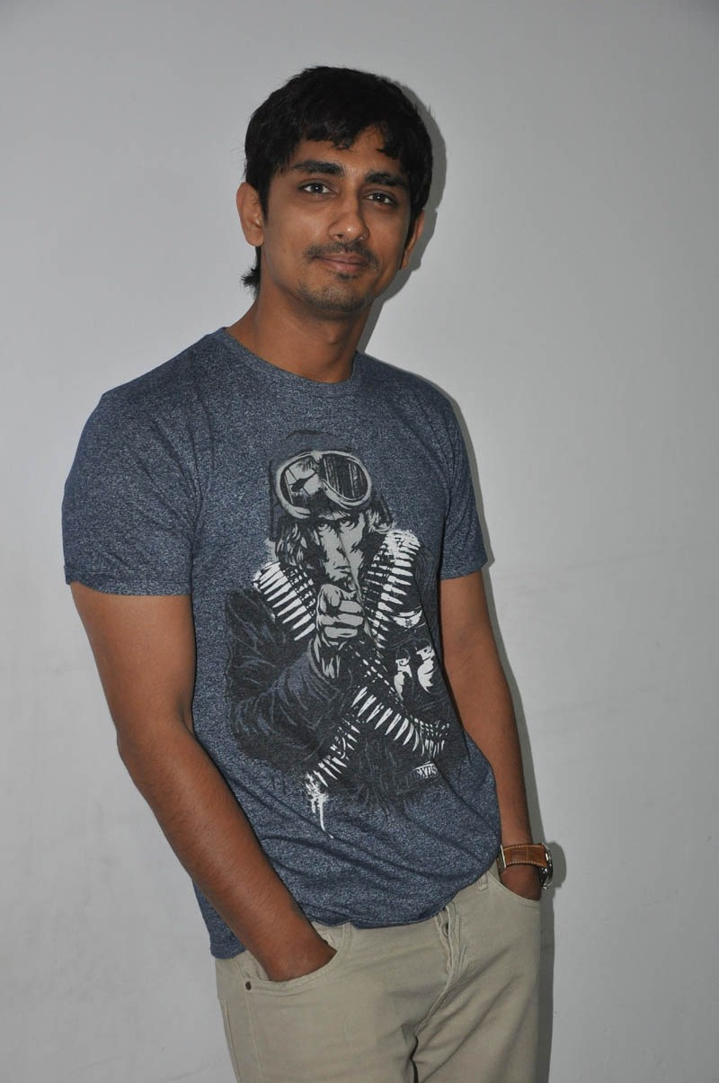 Check the latest cool images of Siddharth at Jabardast movie press ...