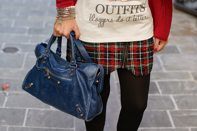 Verysimple Bloggers do it better blouse, Balenciaga City blue, Fashion and Cookies, fashion blogger