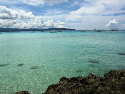 Island Hopping in Boracay the Philippines