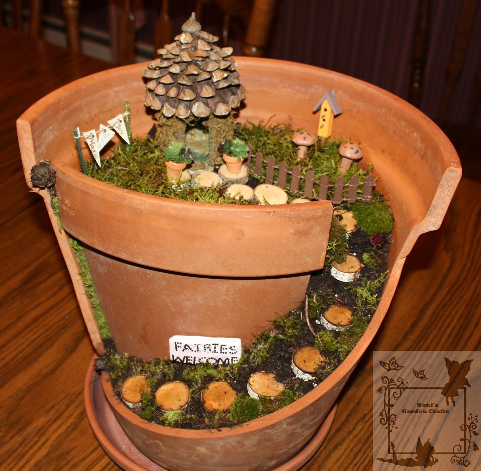 Clay pot crafts for the garden - Fairy Garden Made Of Broken Flower Pot