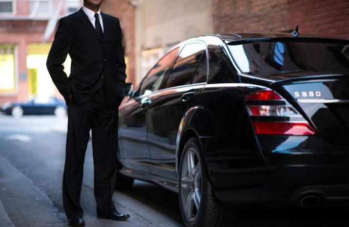 Underemployed Actors Cricketers and Artists Work for Uber as Side Job