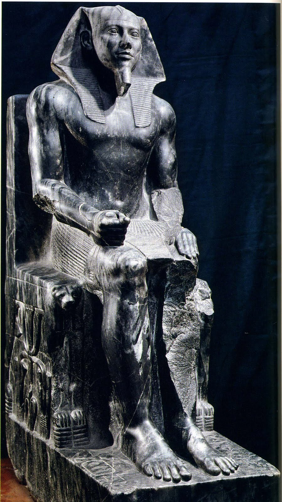 an analysis of the sculpture group of king menkaure and his queen