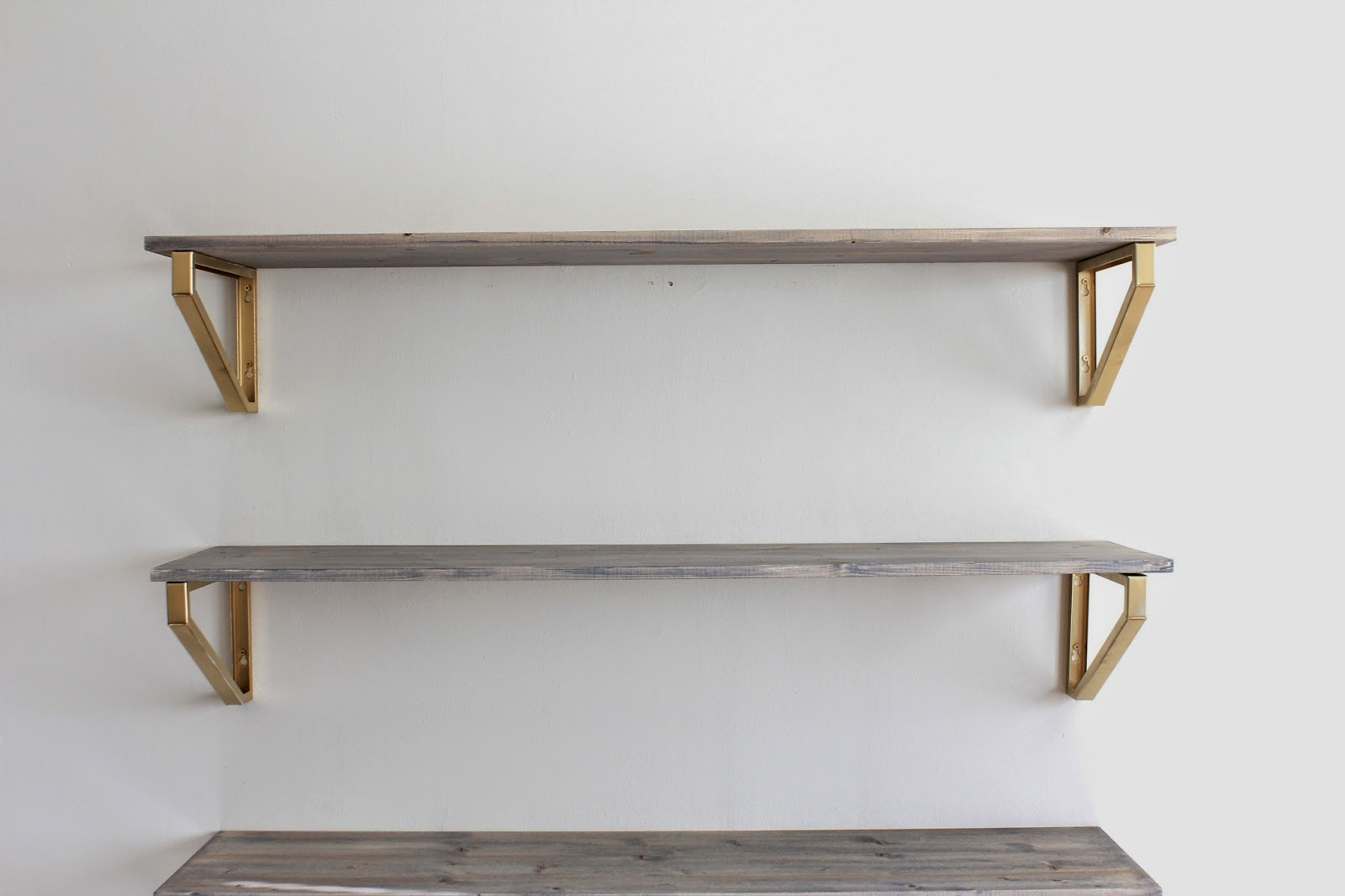 Exceptionnel Rustic Wood Shelf DIY