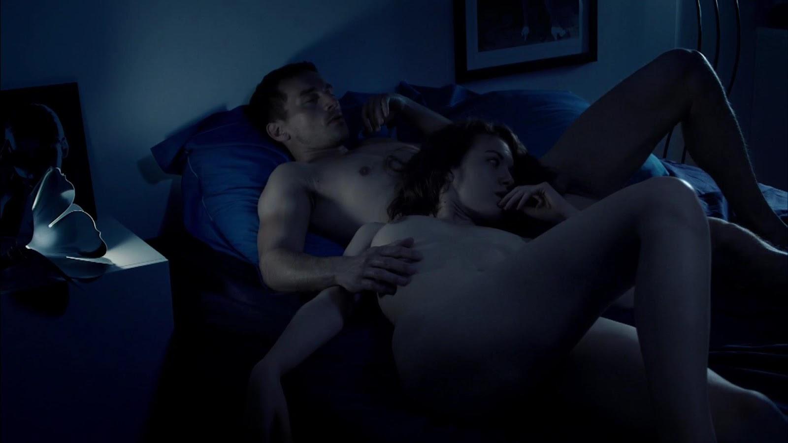 Freedawnloading crazy xxx clips erotica queen