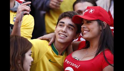 julio las dos reinas de la copalarissa riquelme y patricia orue amenizaron el brasil paraguay aca las fotos glamour  images
