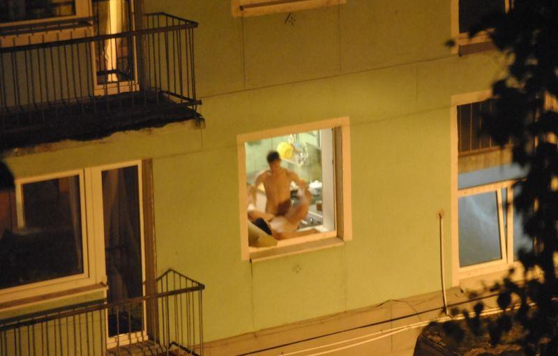 podglyadivanie-za-sosedkoy