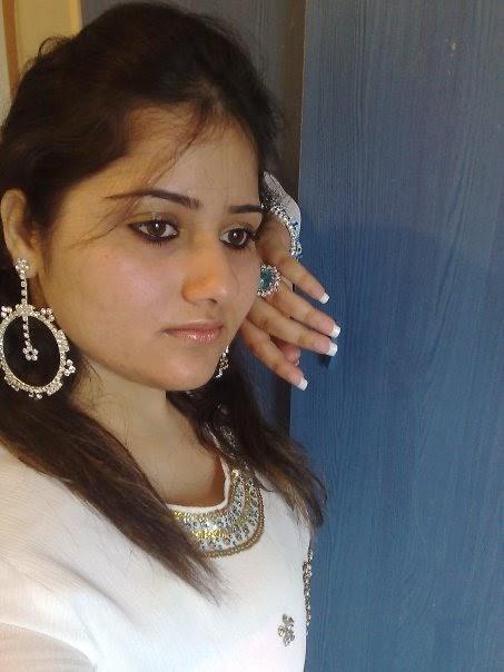 Pakistani Zindabad: pakistani girls phone number