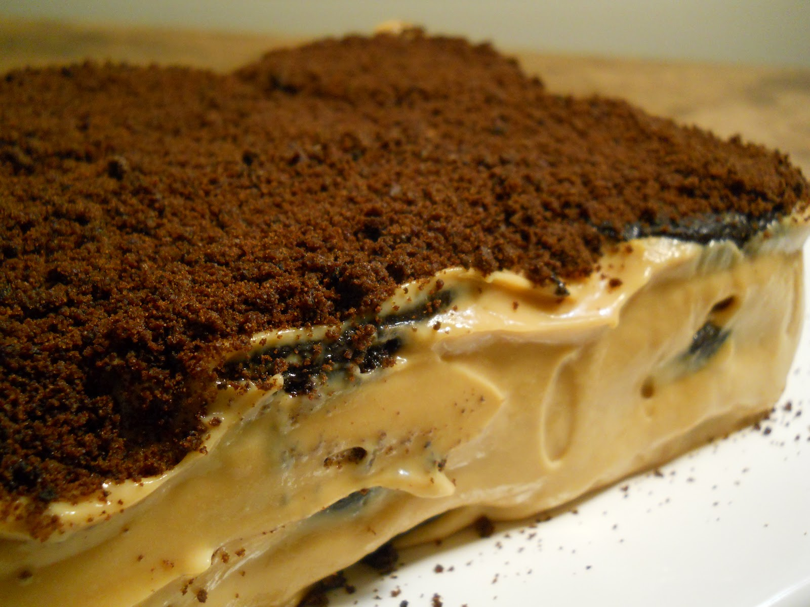chocolate dulce de leche to assemble the cake chocolate chip birthday ...