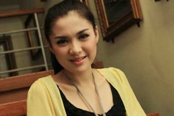 Vicky Shu Akui Payudaranya Besar