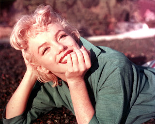Lets Take A Look Below At The Most Wonderful Marilyn Monroes Wallpapers Dont Forget To Click On Images In Order View Them As