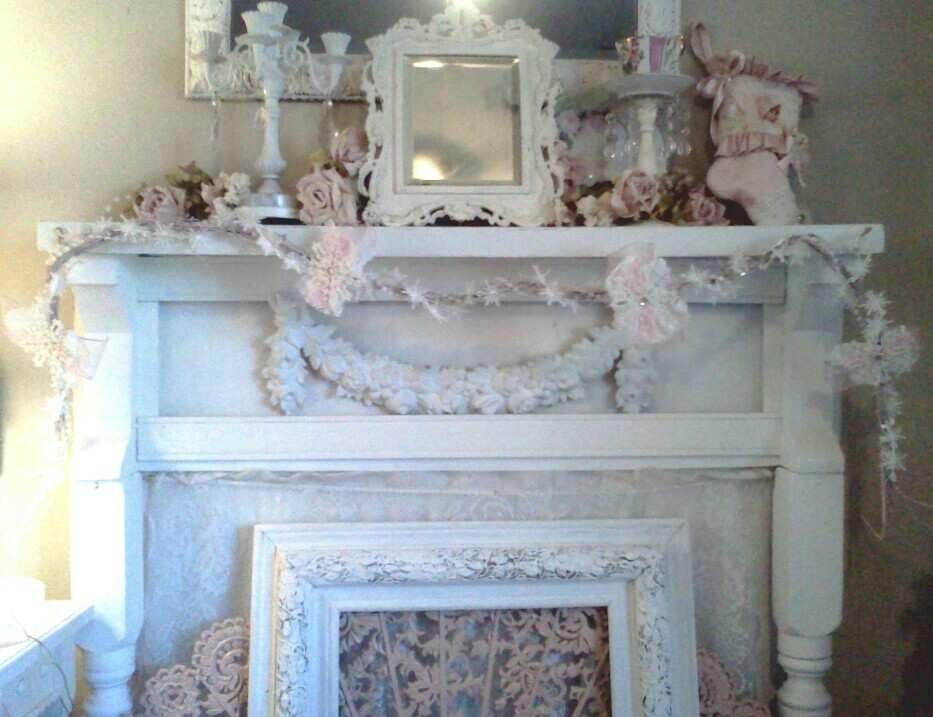 Olivia 39 S Romantic Home Shabby Chic White Christmas On A Budget
