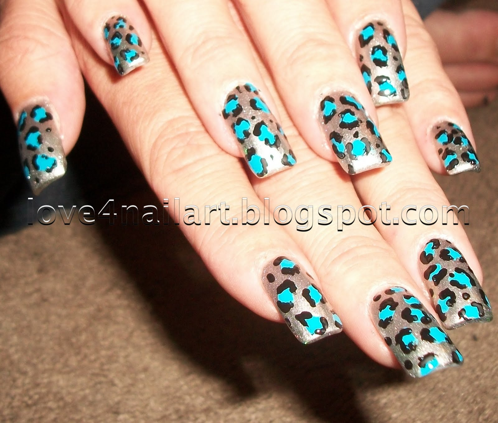 animal print nails here is another super easy nail art design that