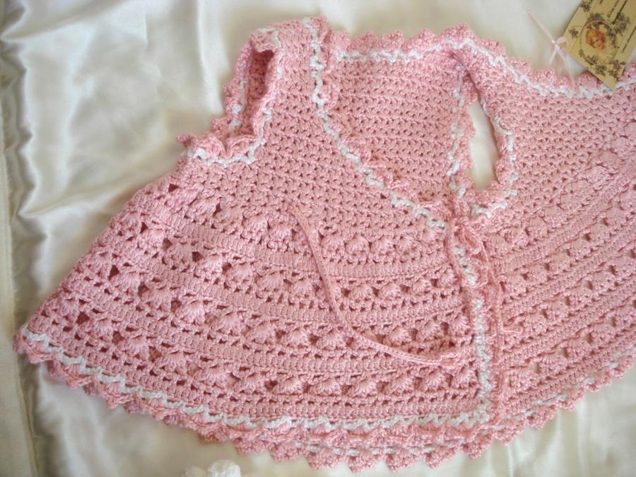 Beautiful crochet blouse for girls