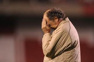 Falcão não é mais o técnico do Internacional.