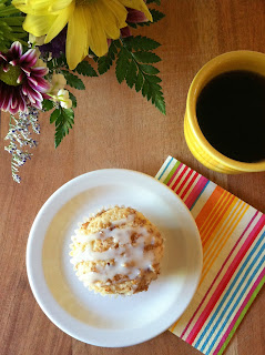 http://pantrydreams.blogspot.com/2013/05/coffee-cake-muffins.html
