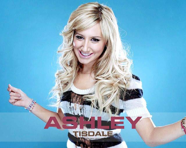 Singer Ashley Tisdale