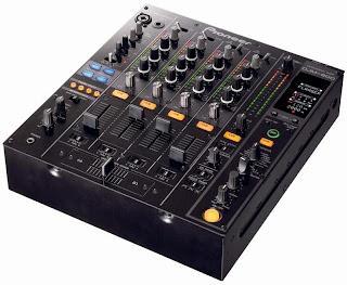 Equipamentos para dj, mixer DJ, Mixer 4 canais, mixer para dj, aparelhos para dj, mixer de áudio.