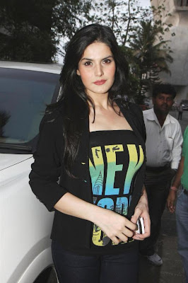 zarine khan, neha bhasintara sharma at wold no tobacco day concert