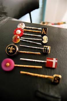 NEW Vintage Button Hairpins
