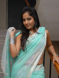 madhavi latha hot photos in Blue saree+(14)