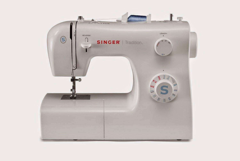 La costurera entrometida: Mi primera máquina de coser