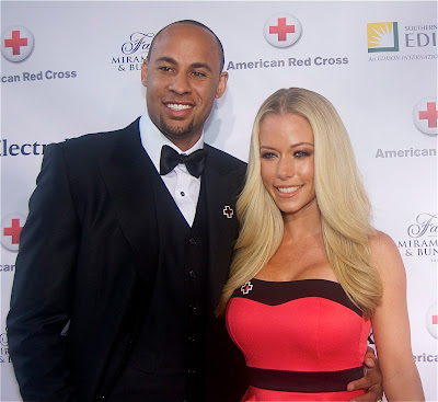 Philadelphia Eagles receiver Hank Baskett and wife Kendra Wilkinson