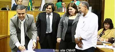 José Antônio assina contrato com o I-Mais