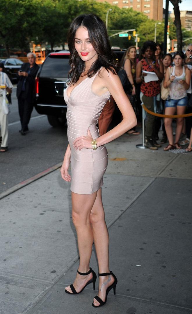 Nicole Trunfio Flaunts Long