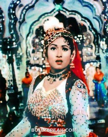 Madhubala wears this amazing light blue and red dress that has heavy embellishements - very befitting for this royal lady - (2) - Memorable bollywood outfits over the years- hot!!