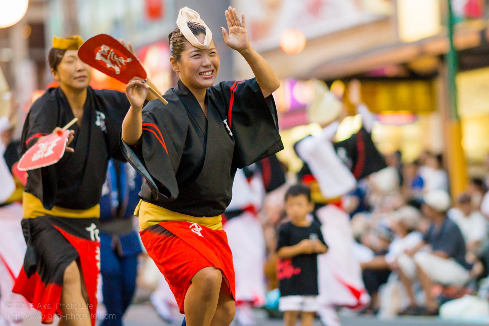 踊れ西八夏まつり、阿波踊り連 たまきの女性の男踊り