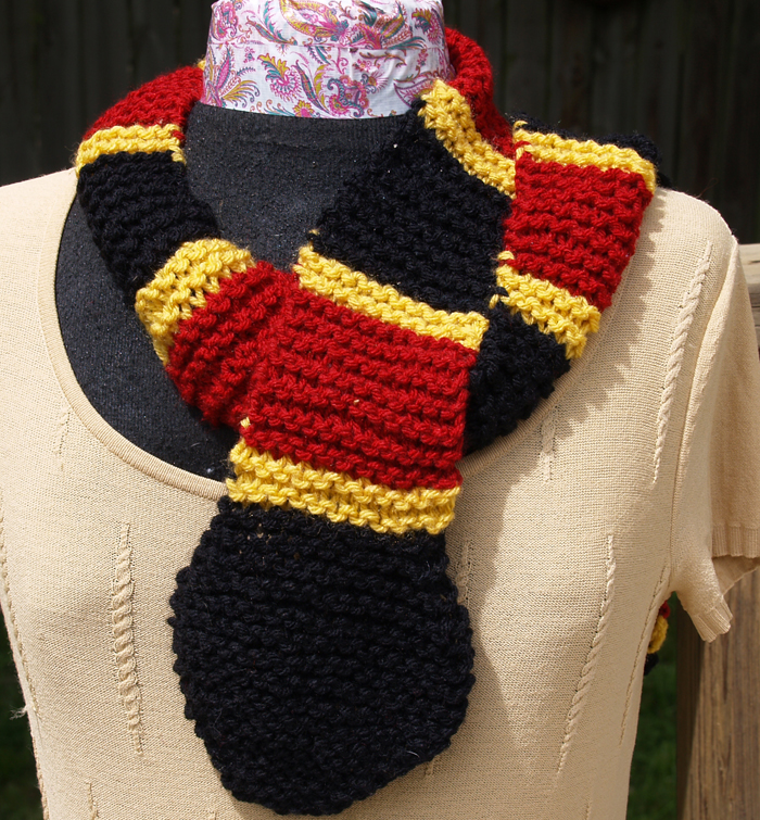 Me, My Purse & The Boys: Coral Snake Scarf Pattern