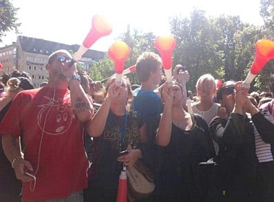 EDL in Stockholm #4: the Vuvuzela Brigade