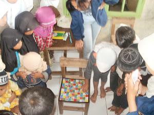 Kunjungan Mahasiswa IPB ke RA Hidayatul Anwar Cisurupan