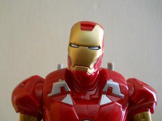 figura en miniatura de Iron Man