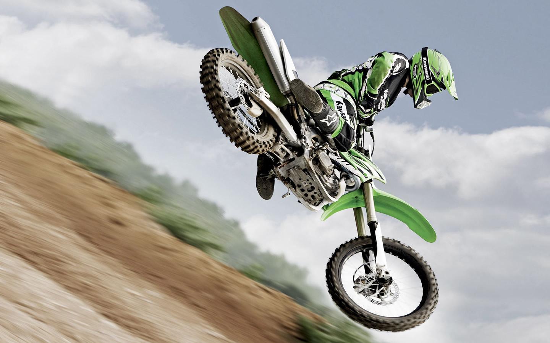 http://3.bp.blogspot.com/-CHG-dnPQt1M/TlL30FZGqtI/AAAAAAAAAAQ/-DfPerr1uCc/s1600/Motocross-Jump-25736.jpeg