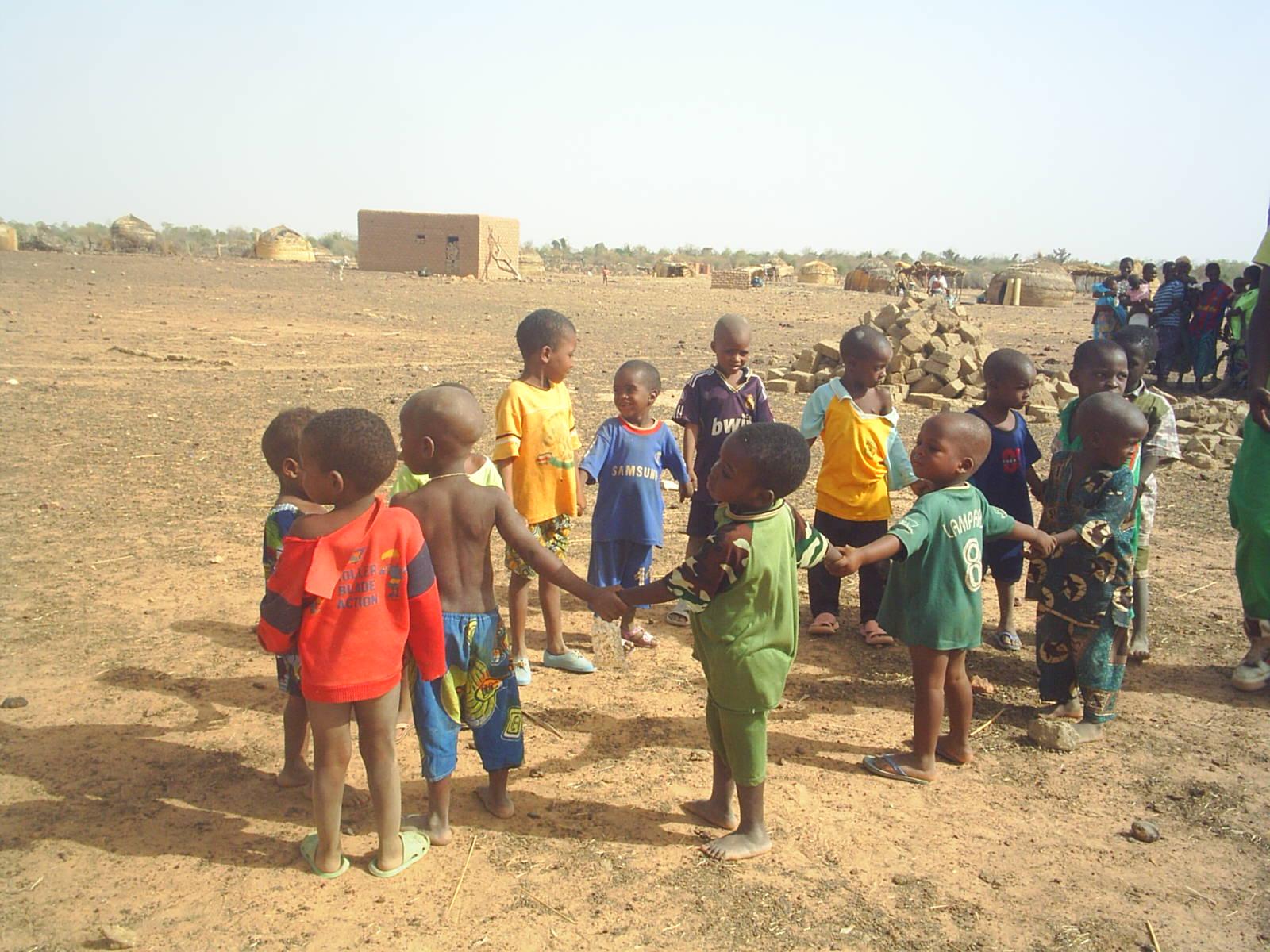 PROJETO BURKINA FASO: Projeto Burkina Faso Tribo de Curfaye Povo  #AE541D 1600 1200