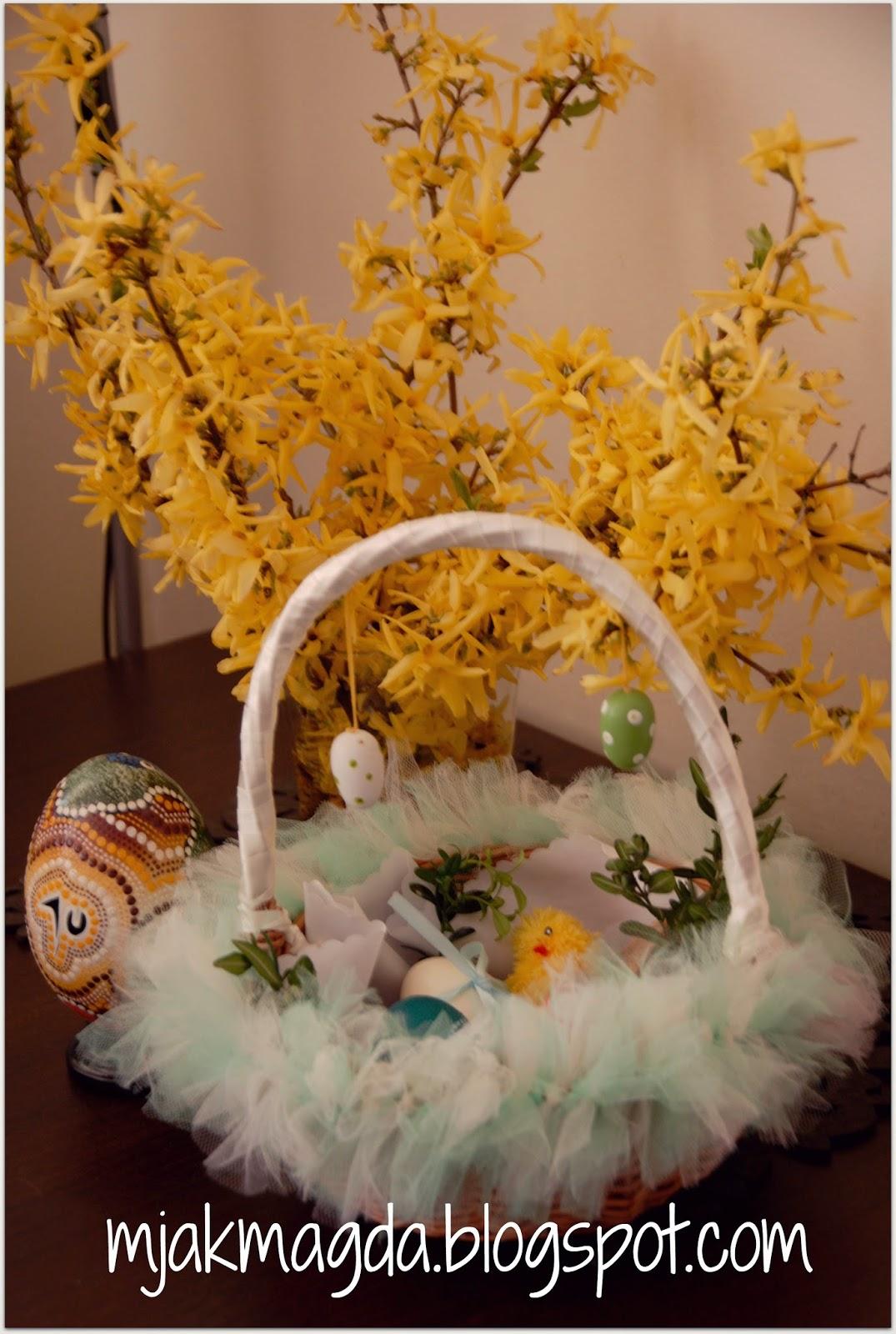 koszyk, koszyczek, z wikliny, wiklinowy, wiklina, święconka, święta, świąteczny, Wielkanoc, Wielkanocny, wiosna, wiosenny, tiul, tiulowy, z tiulu, ozdobny, ozdobiony, baranek, lukrowy, z lukru, lukier, zając, zajączek, jako, jajo, pisanka, pisanki, basket, basket, wicker, wicker, wicker easter basket, holidays, Christmas, Easter, Easter, spring, spring, tulle, tulle, tulle, ornate, decorated, lamb, iced with icing, frosting, hare, rabbit, as , egg,