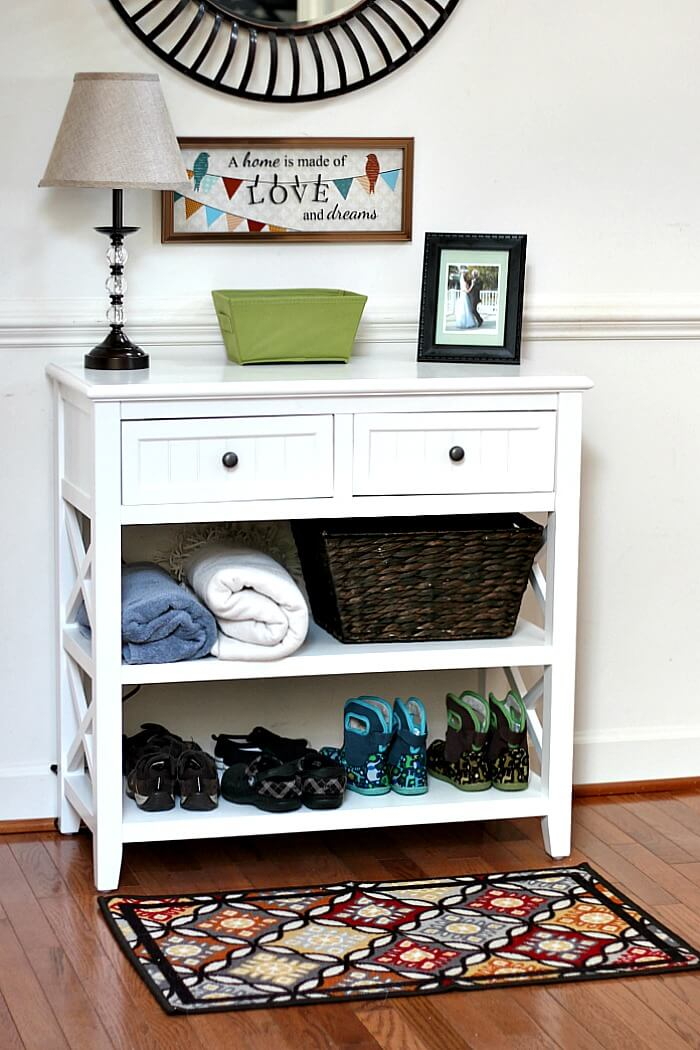 Foyer Decorating Ideas On A Budget : Family friendly entryway makeover on a budget sunny day