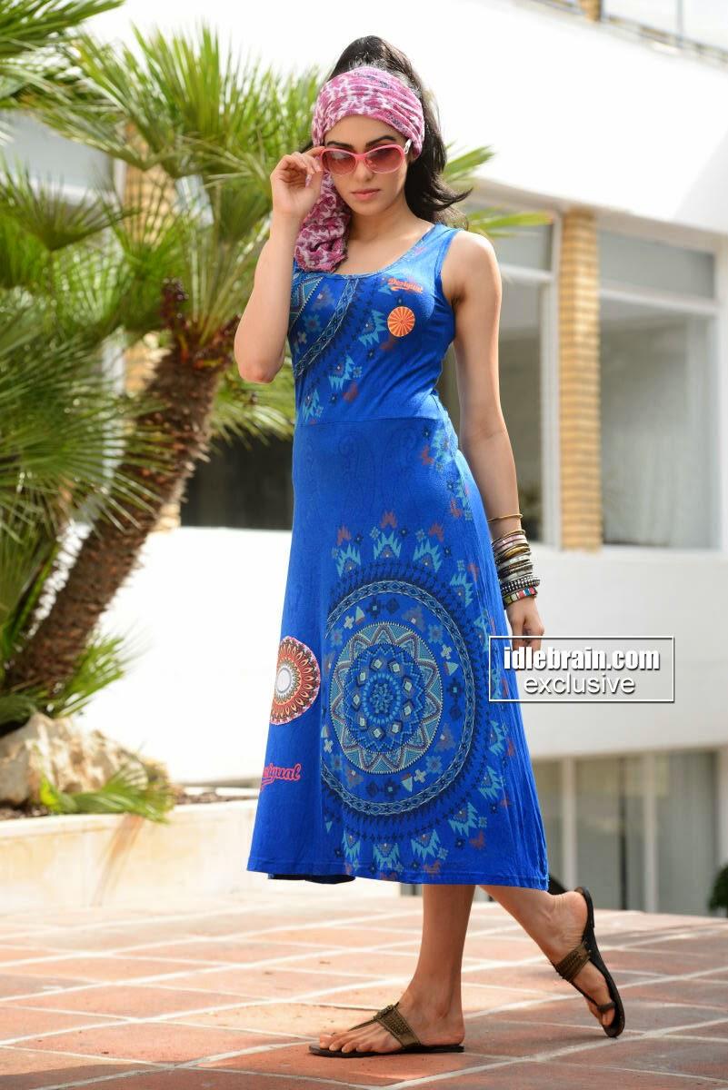 Adah Sharma dress blue